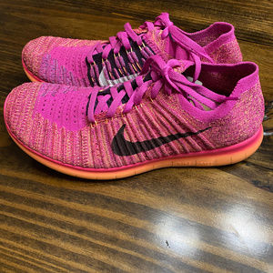 Nike Free RN Flyknit GS Youth Size 6.5 Fire Pink